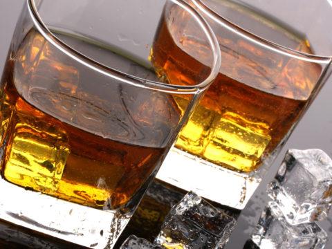 Фото стаканов виски