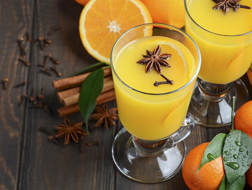 Безалкогольный апельсиновый пунш с корицей