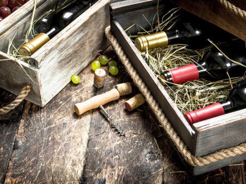 Вино в ящиках