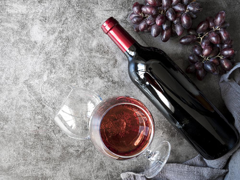 Красное вино или точнее винный напиток