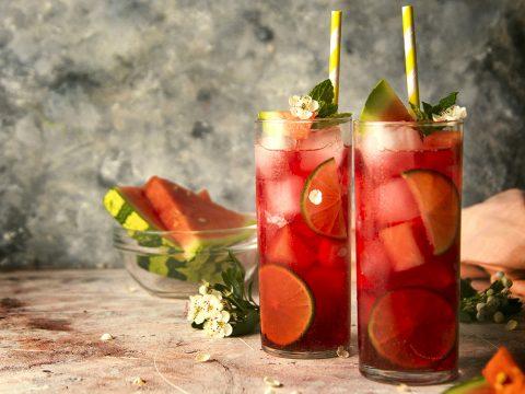 Несколько лёгких коктейлей в летнюю жару