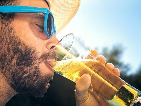 Бокал пива в жаркий день
