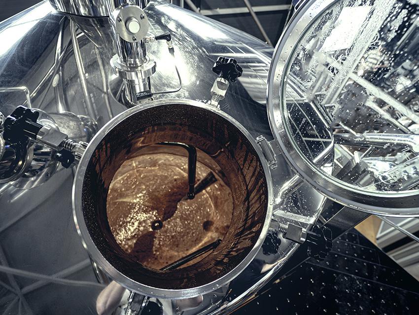 Производство крафтового пива в специальном оборудовании
